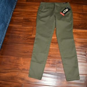 Style & Co Skinny pants